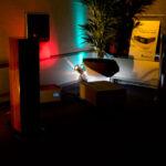 Donkere kamers met mooi klinkende muziek