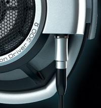 sennheiser-hd-800_detail_audio-connector
