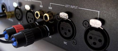 linn-uphorik-phono-voorversterker-aansluitingen1